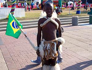 Torcedor Zulu bandeira Brasil
