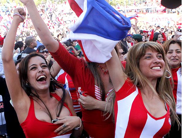 Larissa Riquelme torcedora Paraguai