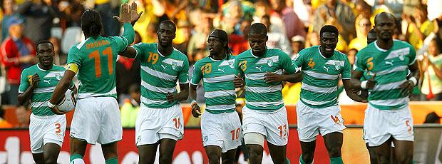 Yaya Toure comemoração Costa do Marfim jogo Coreia do Norte