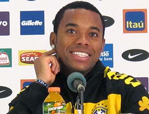 Robinho coletiva seleção brasileira