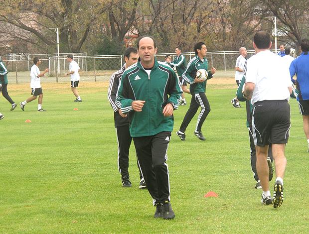 Carlos Simon no treinamento dos arbitros da Fifa
