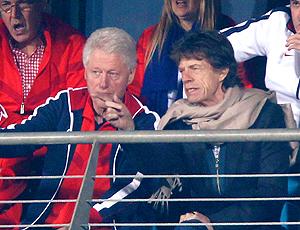 Bill Clinton e Mick Jagger no jogo EUA X Gana