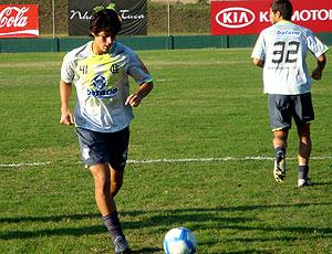David Flamengo treina companheiros em Itu