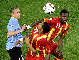 Diego Perez jogo Uruguai contra Gana