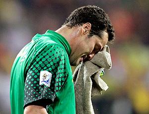 Julio Cesar derrota Brasil jogo Holanda