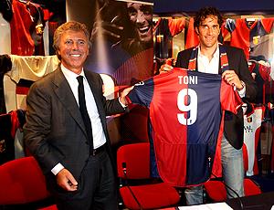 Luca Toni, apresentado Genoa Itália