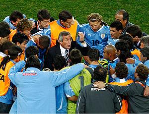 Oscar Tabarez e jogadores Uruguai X Gana