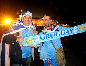 Pablo Javier Etcheverry (dir) Andres Aispuru torcedores Uruguai Soccer City