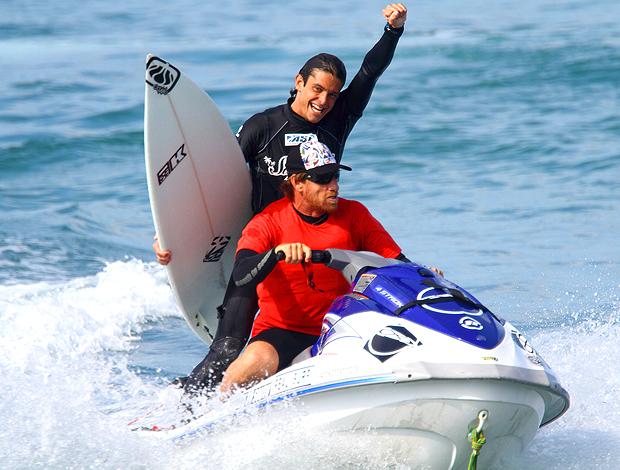 Caetano Vargas jet sky campeão WQS de Maresias