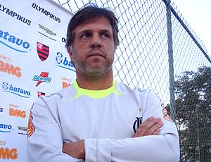 O técnico do Flamengo Rogério Lourenço em Itu