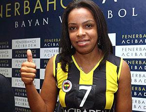 Fofão vôlei Fenerbahçe contrato
