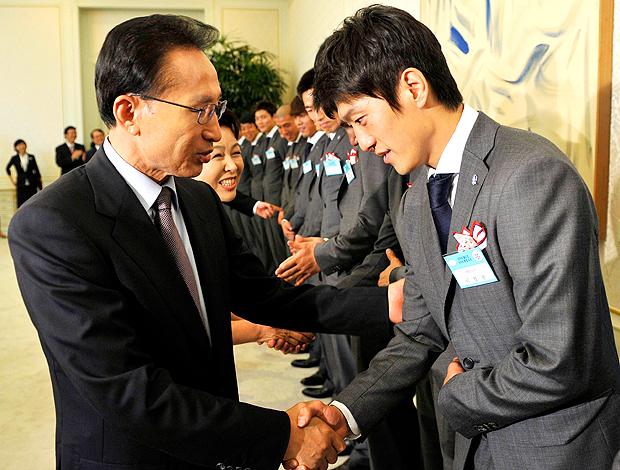 Myung-bak Lee presidente coreia do sul parabeniza Chung-yong Lee