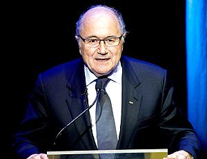 Joseph Blatter cerimônia apresentação marca copa 2014