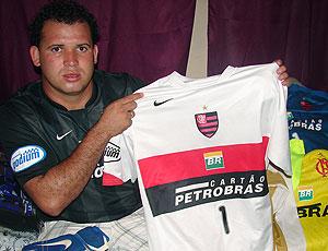 Luiz Henrique Romão , Macarrão, amigo do Bruno