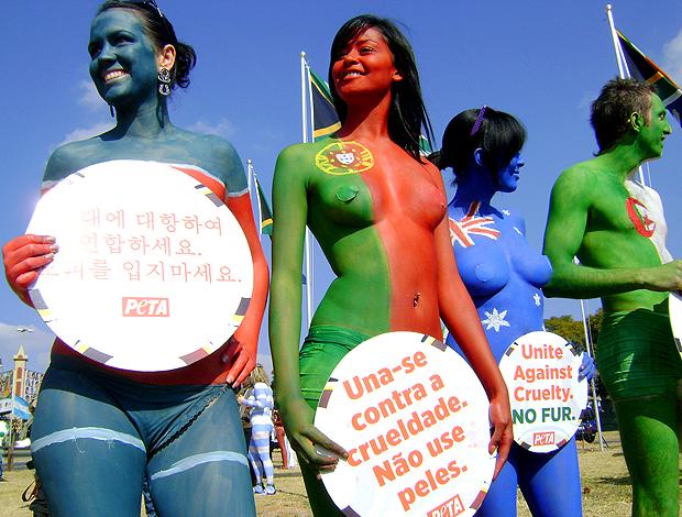 Protesto contra uso de peles de animais - África do Sul
