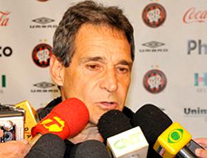 Carpegiani avaliou jogo-treino do CAP