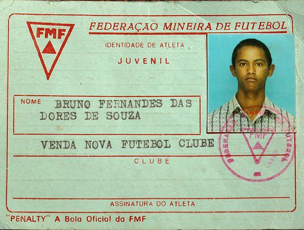 Primeira carteirinha de Bruno como jogador de futebol