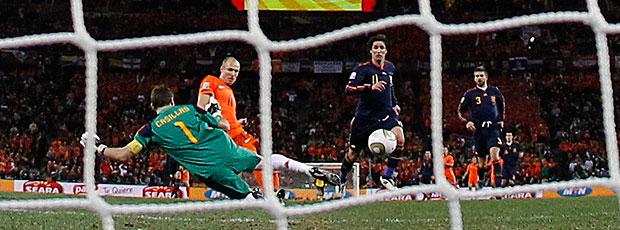 Robben jogo Holanda contra Espanha gol perdido