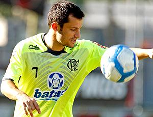 Correa com a camisa 7, treino Flamengo