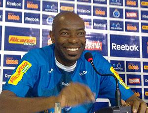 Cláudio Caçapa coletiva Cruzeiro