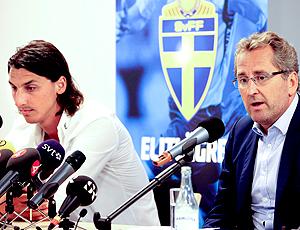 Ibrahimovic e o técnico Erik Hamrén Suécia