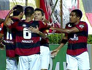 FRAME - Elkeson vitória gol