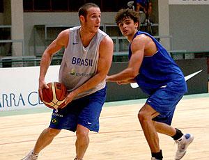 Raulzinho Marcelinho Huertas treino basquete