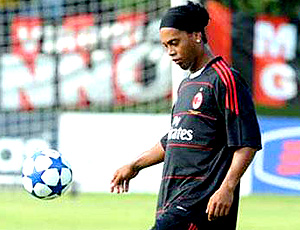 Ronaldinho gaúcho milan treino