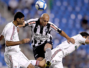 Edno no jogo entre Botafogo e Fluminense