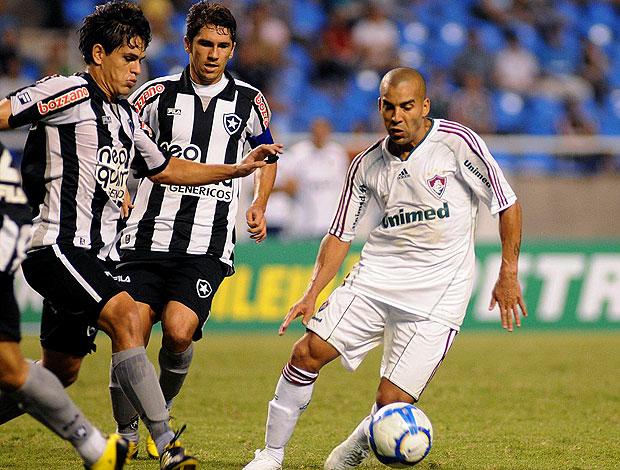 Emerson na partida de Botafogo e Fluminense