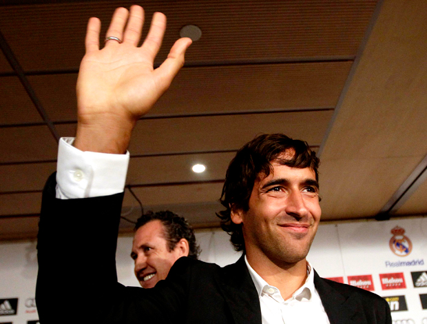 Raul coletiva despedida Real Madrid