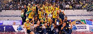 http://s.glbimg.com/es/ge/f/original/2010/07/26/vol_brasil_podio_reu_300.jpg