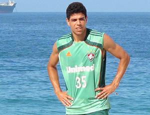 Giovanni, novo zagueiro do Fluminense