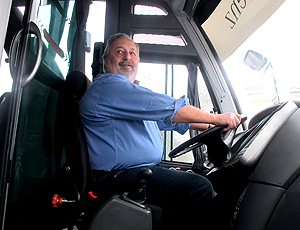 Luis Álvaro presidente do Santos ônibus