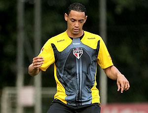 Ricardo Oliveira no treino do São Paulo