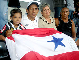 torcida Paulo Henrique Ganso de Belém-PA no treino Santos