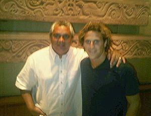 Branco e Diego Forlan