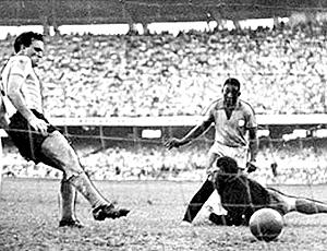 pelé brasil primeiro gol 7 de julho de 1957 copa roca maracanã
