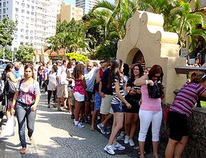 Fila Loco Abreu autógrafo Botafogo