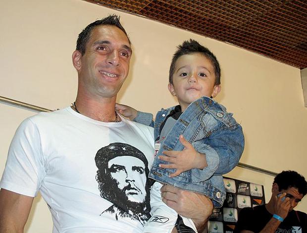 Fernando Prass filho Caio