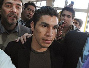 Salvador Cabañas chegando para julgamento