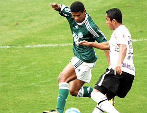 Márcio Araújo, jogador Palmeiras jogo Corinthians