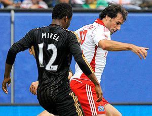 Mikel e Nistelrooy, Hamburgo e Chelsea