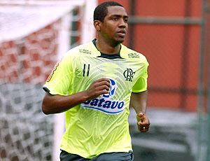 Renato Abreu treina no Flamengo