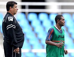 Jobson e Joel Santana no treino do Botafogo