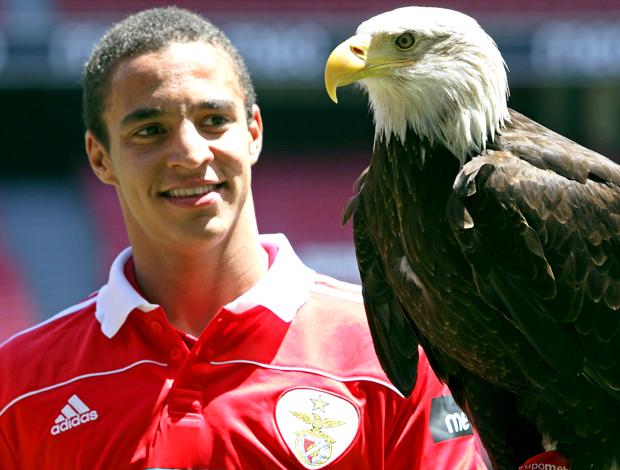 Rodrigo Moreno apresentação Benfica com Águia
