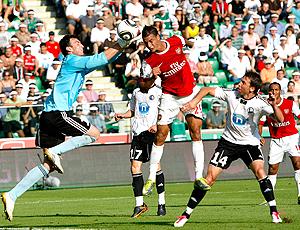 Chamakh, Arsenal no jogo amistoso contra Warszawa