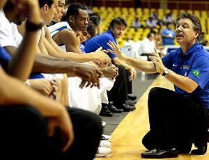 Magnano, basquete Brasil