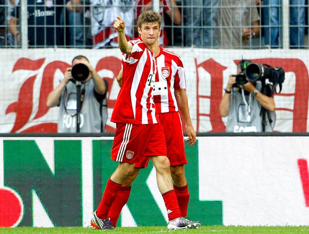 Thomas Müeller, Bayern de Munich comemoração gol Shalke 04