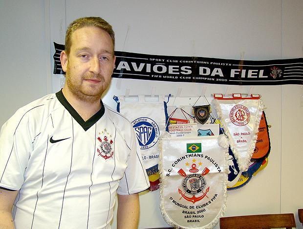 Rob Cavallini, camisa Corinthians, diretor Corinthian-Casuals